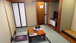 6畳和室(奥側から) かみのやま温泉 別館ふじや旅館<山形県>
