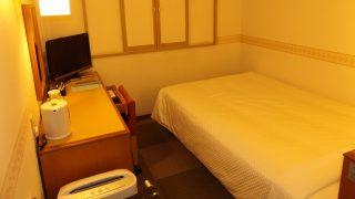 シングルルーム(入口側から)|ホテル ウイング・ポート長崎