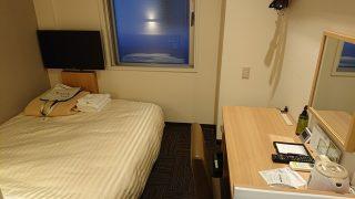 シングルルーム(入口側から)|スーパーホテル札幌・すすきの 天然温泉 空沼の湯