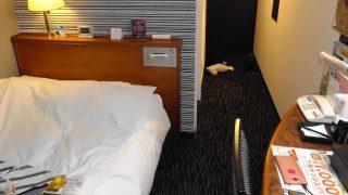 シングルルーム(奥側から)|アパホテル