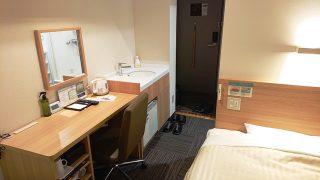 シングルルーム(奥側から)|スーパーホテル札幌・すすきの 天然温泉 空沼の湯