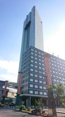 ホテル外観(遠景)|アパホテル&リゾート〈東京ベイ幕張〉